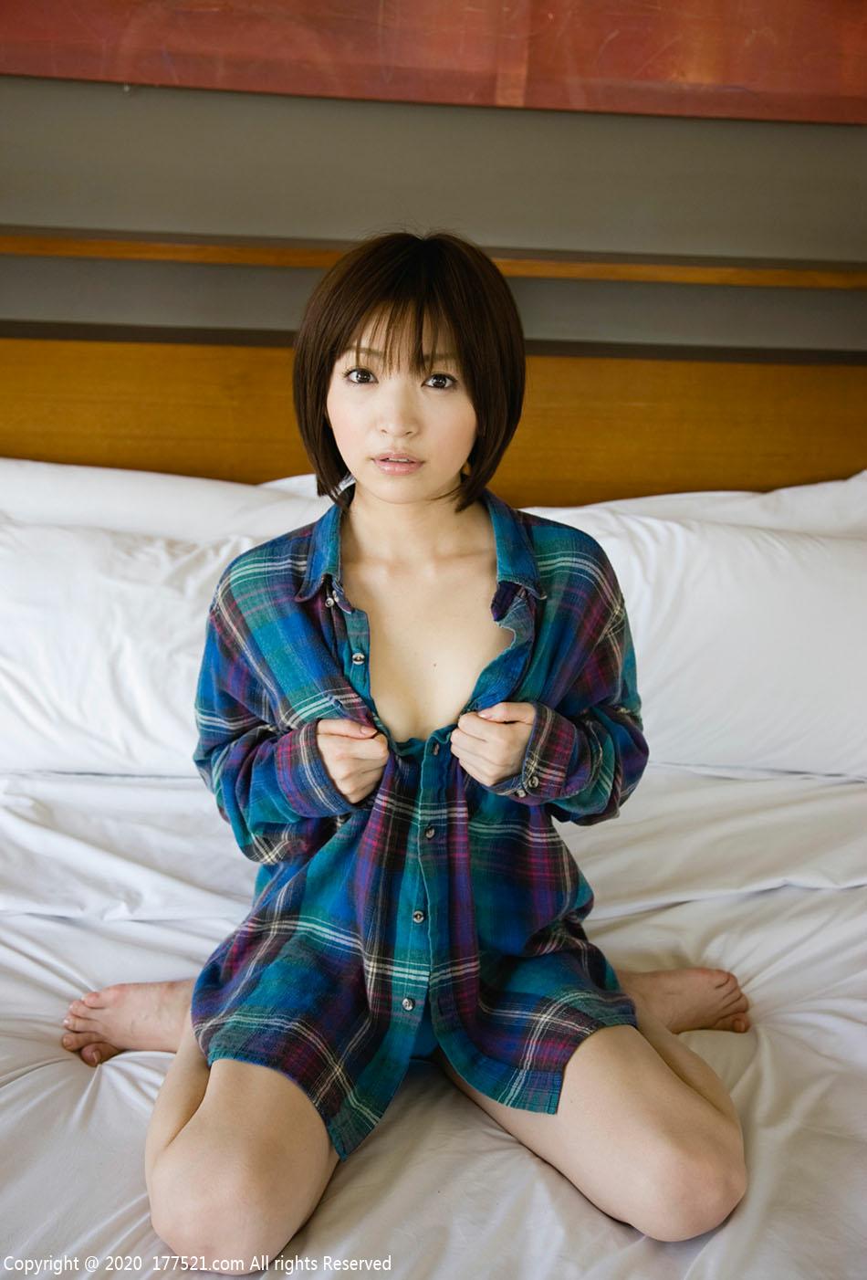 田中涼子(たなか りょうこ,Tanaka Ryouko)个人资料写真作品图片